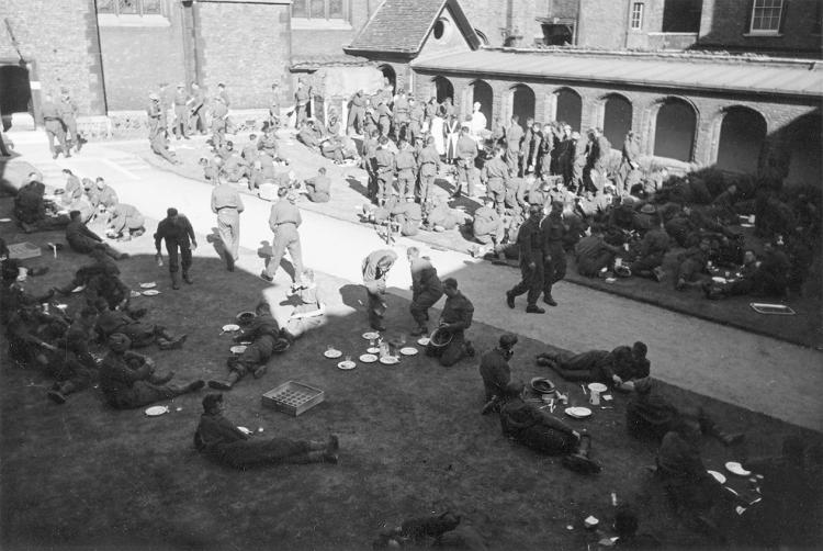 Photo of Dunkirk evacuees in Cloister Court 1940