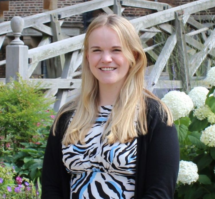 Sophie Beedell - Communications