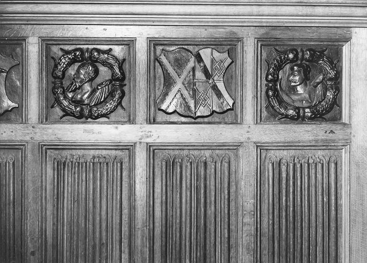 Linenfold panelling