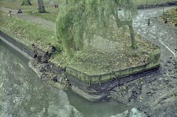 Photo of river wall collapse 1980
