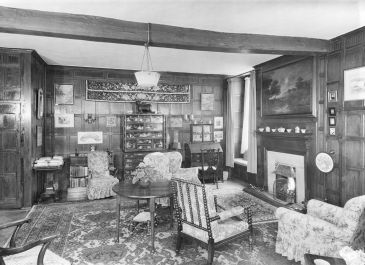 Photo 1948 of sitting room