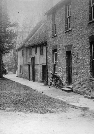 Photo of rear of staff cottages and Porter's House