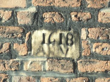 Date stone