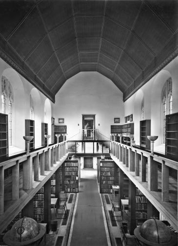 Photo of War Memorial Library